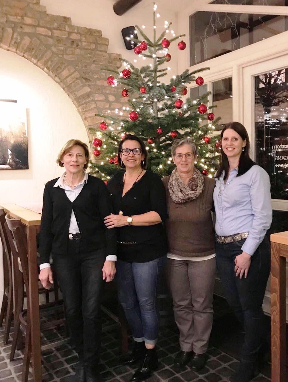 Frauen Union Nideggen beim vorweihnachtlichen Austausch